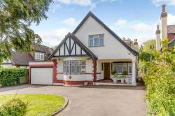 Detached House For Sale  Brookmans Park Hertfordshire AL9