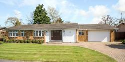 Detached Bungalow For Sale  Brookmans Park Hertfordshire AL9