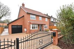 Detached House For Sale  South Mimms Hertfordshire EN6