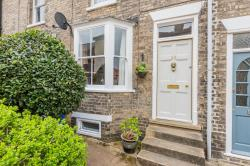 Terraced House For Sale  Bury St Edmunds Suffolk IP33