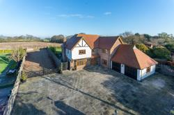 Detached House For Sale Kirby-le-soken Frinton-on-Sea Essex CO13