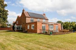 Detached House For Sale Gloucestershire Norton Gloucestershire GL2