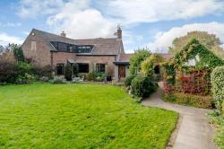 Detached House For Sale  Standish Gloucestershire GL10