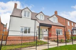 Detached House For Sale  Twyning Gloucestershire GL20