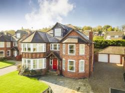 Detached House For Sale   Wrexham LL12