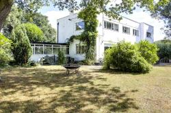 Detached House For Sale  Enfield Essex EN2
