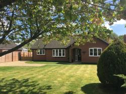 Detached Bungalow For Sale  Bressingham Norfolk IP22
