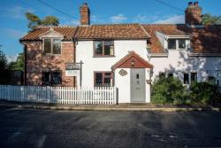 Semi Detached House For Sale  Redgrave Norfolk IP22