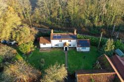 Detached House For Sale  Gissing Norfolk IP22