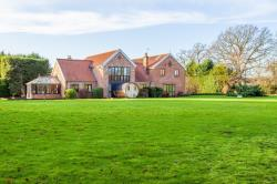 Detached House For Sale  Thorpe Abbotts Norfolk IP21