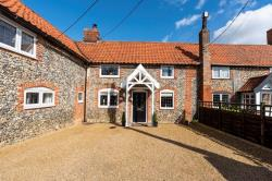 Terraced House For Sale  Wattisfield Norfolk IP22