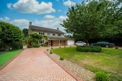 Detached House For Sale  Brome Suffolk IP23