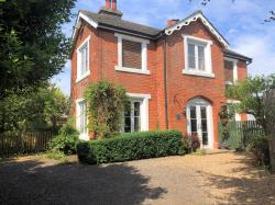 Semi Detached House To Let  Rushall Norfolk IP21