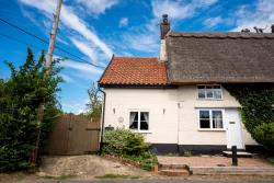 Semi Detached House For Sale  Pulham Market Norfolk IP21