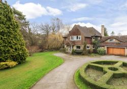 Detached House For Sale  Horam East Sussex TN21