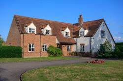 Detached House For Sale  Longham Norfolk NR19