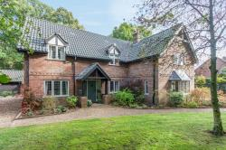 Detached House For Sale  Beetley Norfolk NR20