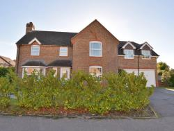 Detached House For Sale  Ferndown Dorset BH22