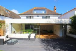 Detached House To Let  BOURNEMOUTH Dorset BH5