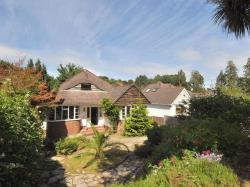 Detached Bungalow To Let  Bournemouth Dorset BH1