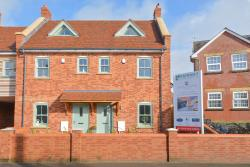 Semi Detached House To Let   Hampshire BH24