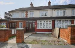 Terraced House For Sale Southgate London Greater London N13