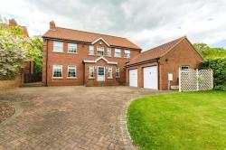 Detached House For Sale N E Lincolnshire  Lincolnshire DN37