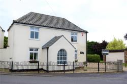 Detached House For Sale North E. Lincolnshire  Lincolnshire DN41