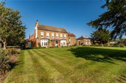 Detached House For Sale  Owston Ferry South Yorkshire DN9
