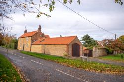 Detached House For Sale Lincolnshire  Lincolnshire DN15