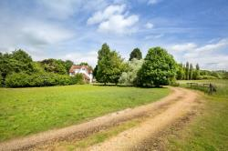 Detached House For Sale  Letchworth Garden City Hertfordshire SG6