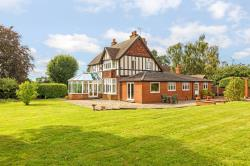 Detached House For Sale Graveley Hitchin Hertfordshire SG4