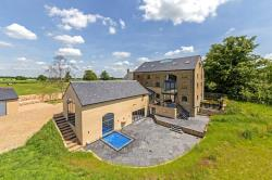 Detached House For Sale Stotfold Hitchin Hertfordshire SG5
