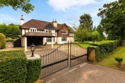 Detached House For Sale Little Wymondley Hitchin Hertfordshire SG4