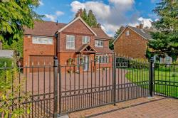 Detached House For Sale  Stevenage Hertfordshire SG1