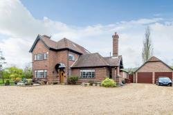 Detached House For Sale Weston Hitchin Hertfordshire SG4