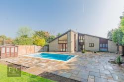 Detached House For Sale Lodge Farm Roydon Essex CM19