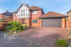 Detached House For Sale   Hertfordshire EN7