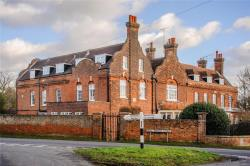 Flat For Sale Fryerning Ingatestone Essex CM4