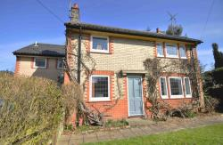 Detached House For Sale Lower Holbrook Ipswich Suffolk IP9