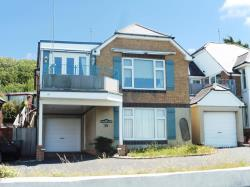 Detached House For Sale Princes Esplanade Gurnard Isle of Wight PO31