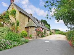 Detached House For Sale Main Road Newbridge Isle of Wight PO41
