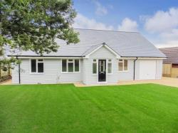 Detached House For Sale Alverstone Road Whippingham Isle of Wight PO32