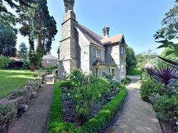 Detached House For Sale Appuldurcombe Road Wroxall Isle of Wight PO38