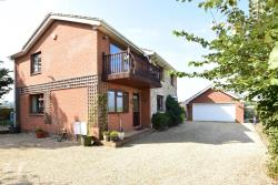 Detached House For Sale Isle of Wight  Isle of Wight PO40