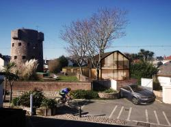 Detached House For Sale  Jersey Channel Islands JE2