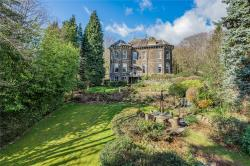 Flat For Sale Apperley Bridge Bradford West Yorkshire BD10