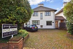 Detached House For Sale Palmerston Road Buckhurst HIll Essex IG9