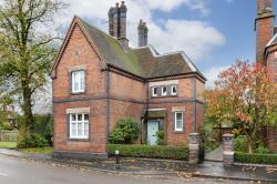 Detached House For Sale  Betley Staffordshire CW3