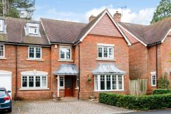Semi Detached House For Sale Highlands Newbury Berkshire RG14